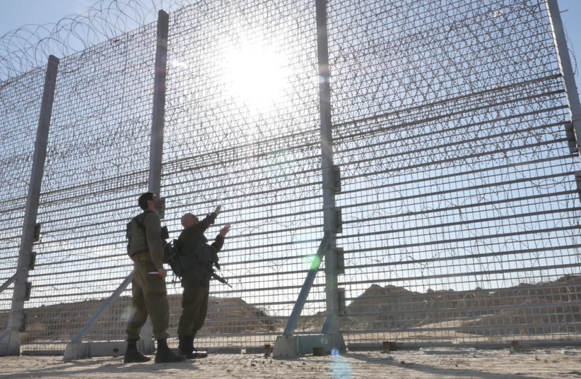 Defense Ministry begins construction of smart-fence along Gaza border. (photo credit: DEFENSE MINISTRY)