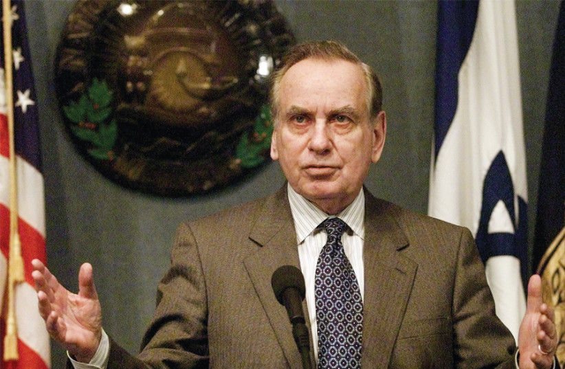 FORMER AMBASSADOR to the US Zalman Shoval speaks at an appearance in Washington in 2001. (photo credit: JESSICA PERSSON/REUTERS)