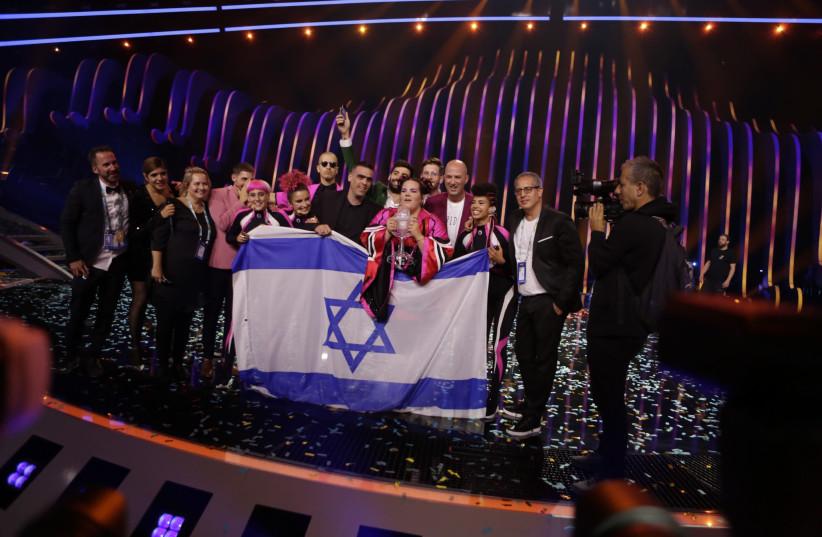 Netta Barzilai celebrates after winning Eurovision 2018 (photo credit: THOMAS HANDES)