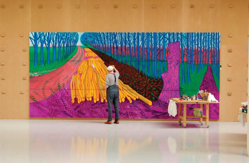 DAVID HOCKNEY paints 'Winter Timber' in 2009 (photo credit: JEAN-PIERRE GONÇALVES DE LIMA)
