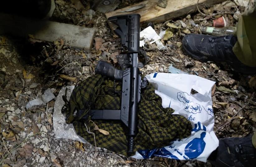 IDF seize weapons in West Bank. (photo credit: IDF SPOKESMAN'S UNIT)