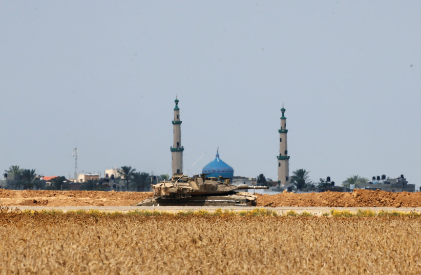 Time to search for victory over Hamas. (photo credit: REUTERS)