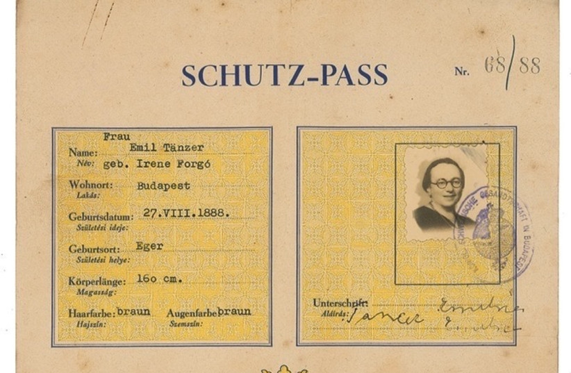 A 'Schutz-pass' issued by Raoul Wallenberg in 1944 (photo credit: RR AUCTION)