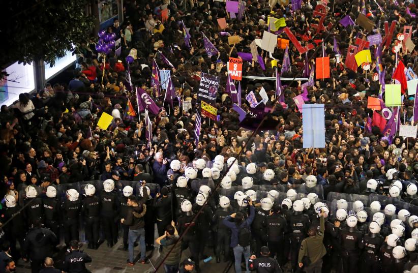 International Women's Day march Istanbul (REUTERS/KEMAL ASLAN) (photo credit: REUTERS/KEMAL ASLAN)