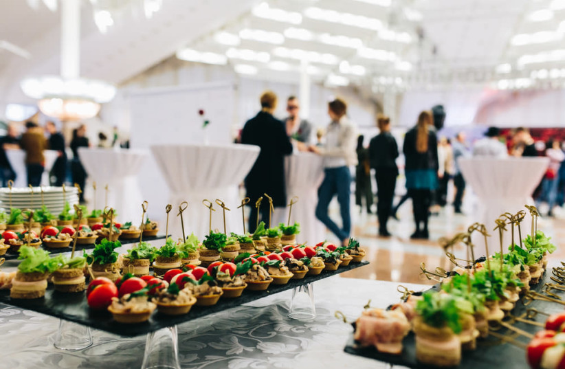 Catering (photo credit: SHUTTERSTOCK)
