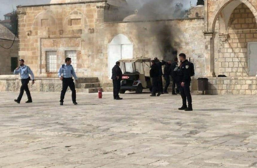 Explosive device thrown on Temple Mount  (photo credit: ARAB SOCIAL MEDIA)