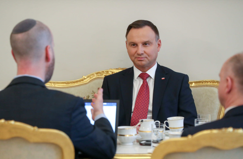 Yaakov Katz, of The Jerusalem Post, sits down to interview Polish President Andrzej Duda (photo credit: CHANCELLERY OF THE PRESIDENT OF THE REPUBLIC OF POLAND)