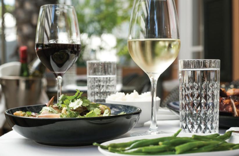 Israeli wine service Vincent disrupts Bordeaux during COVID-19