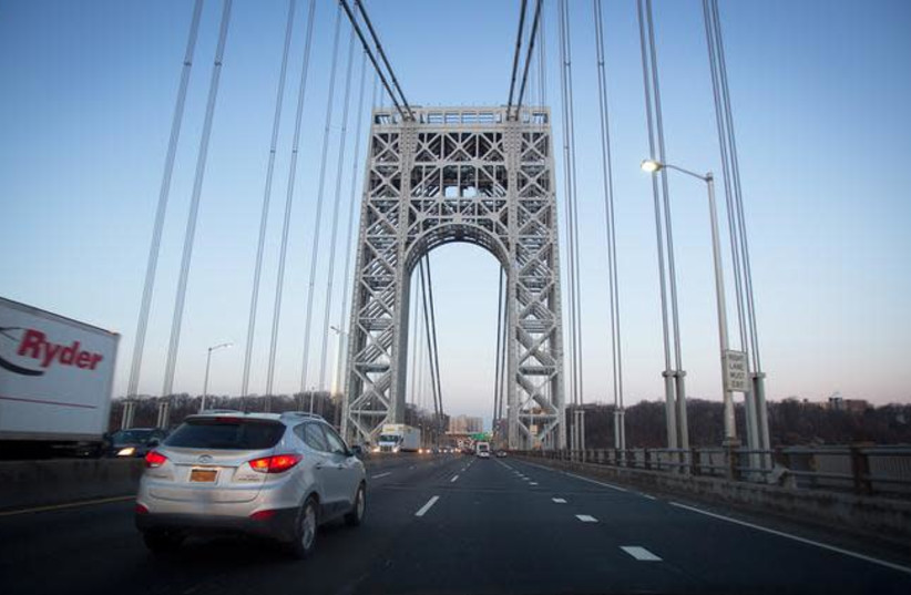 The George Washington Bridge is pictured in New York January 9, 2014 (photo credit: REUTERS/CARLO ALLEGRI)