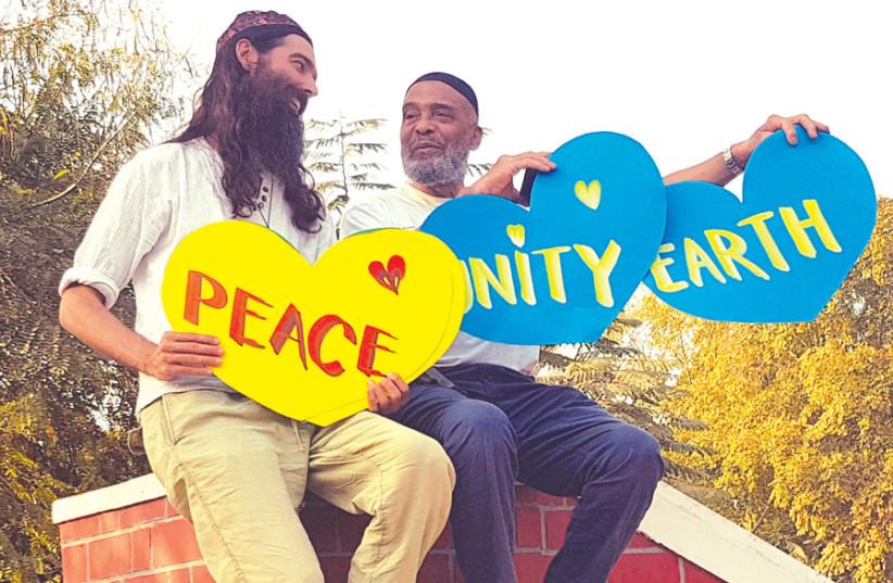 Rabbi Pesach Stadlin (left) and Imam Abdullah Faaruuq in Ahmedabad, India. (photo credit: Courtesy)