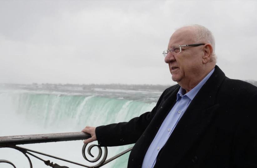 President Reuven Rivlin in Canada visiting Niagara Falls (photo credit: MARC NEYMAN/GPO)