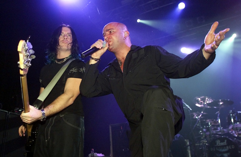 Disturbed lead singer David Draiman on stage in Las Vegas, December 18, 2000 (photo credit: ETHAN MILLER/REUTERS)