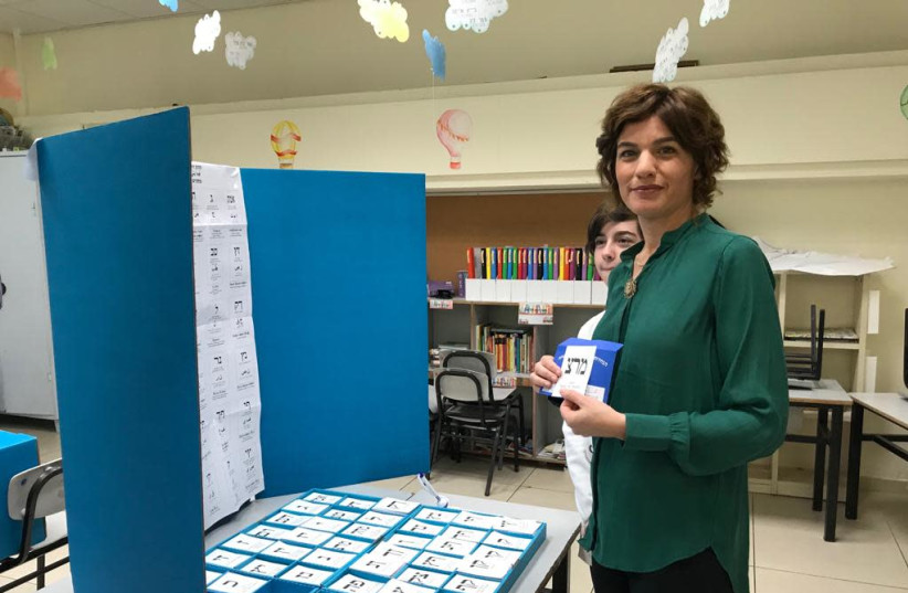 Meretz chairwoman Tamar Zandberg votes in Tel Aviv, April 9, 2019 (photo credit: Courtesy)
