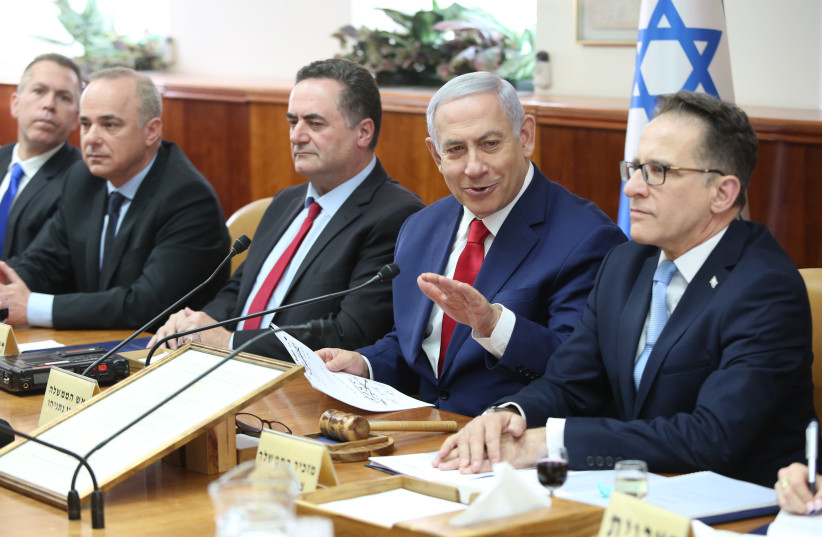Prime Minister Benjamin Netanyahu speaks during Sunday's cabinet meeting, 2019. (photo credit: AMIT SHABI/POOL)