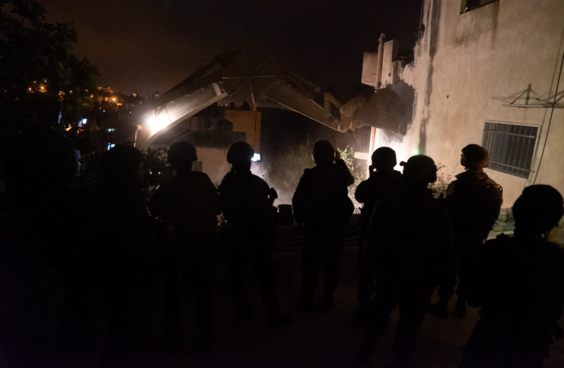 The IDF demolished the home of the Ofra terrorist Salah Barghouti in the West Bank village of Kober. (photo credit: IDF SPOKESMAN'S OFFICE)