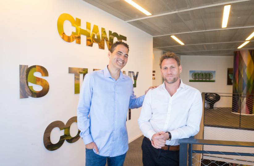 Investing.com co-CEOs Shlomi Biger (L) and Mickey Winitsky (photo credit: ALMOG SUGAVKER)