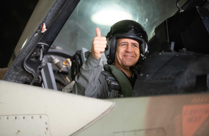 Aviv Kochavi visits the Israeli Air Force (photo credit: IDF SPOKESMAN'S UNIT)