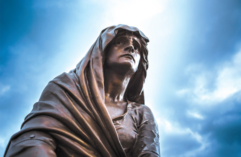 LADY MACBETH sculpture at the Shakespeare Memorial in Stratford-upon-Avon, UK. Sculpted in 1888 by Lord Ronald Sutherland Gower. (photo credit: ANDREW SMITH/FLICKR)