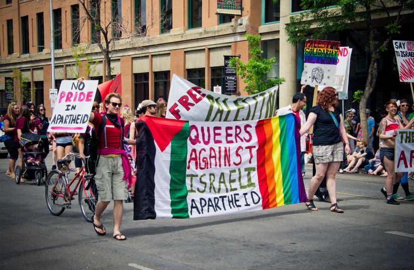 Queers Against Israeli Apartheid at Edmonton Pride Parade 2011 (photo credit: KURT BAUSCHARDT/FLICKR)