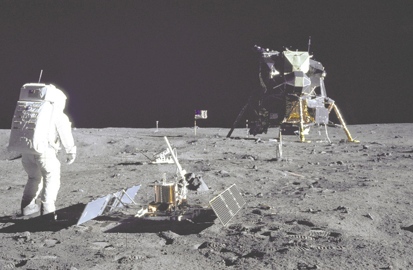 NASA to award total of $35K to who can design a toilet for moon landers