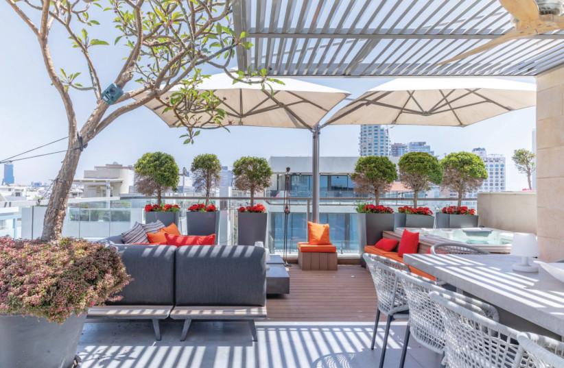 THE SAM&BLONDI Hotel in Tel Aviv has been recently renovated.  (photo credit: ASAF PINTZUK/LIOR AVITAN)
