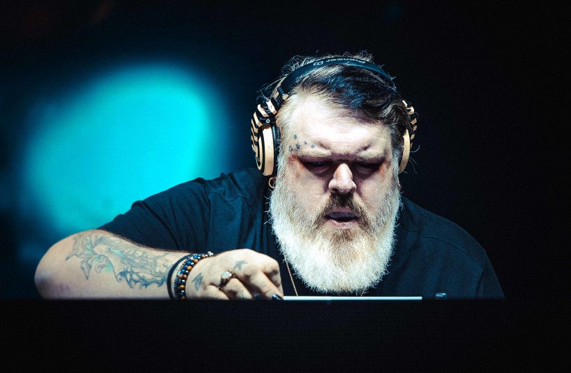 Kristian Nairn, known for his role as Hodor in 'Game of Thrones,' is also known as a DJ. The photo is from his October 24 show in Expo Tel Aviv.     (photo credit: ALON LEVIN)