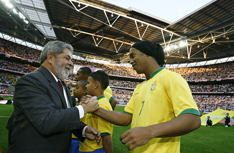 Brazilian soccer legend Ronaldinho and former president of Brazil Luiz Inácio Lula da Silva (photo credit: WIKIPEDIA)