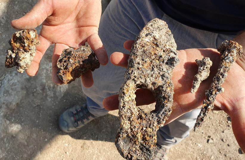 Volunteers dig up Byzantine-era tools at Usha during Sukkot