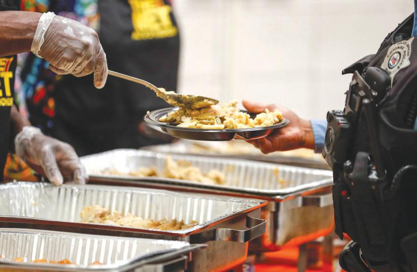Is Thanksgiving modeled on Sukkot?