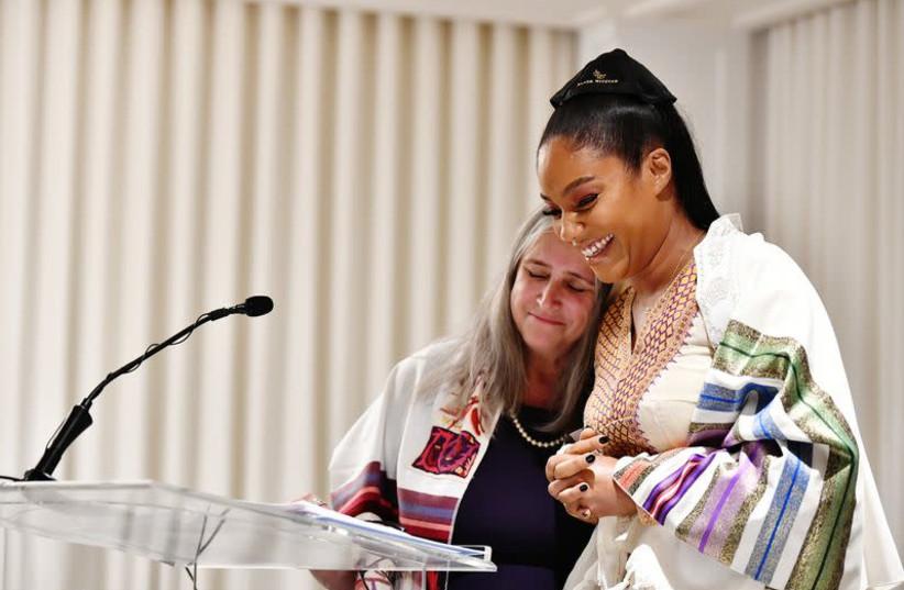 Rabbi Susan Silverman officiates Tiffany Haddish's bat mitzvah December 3, 2019 (photo credit: Courtesy)