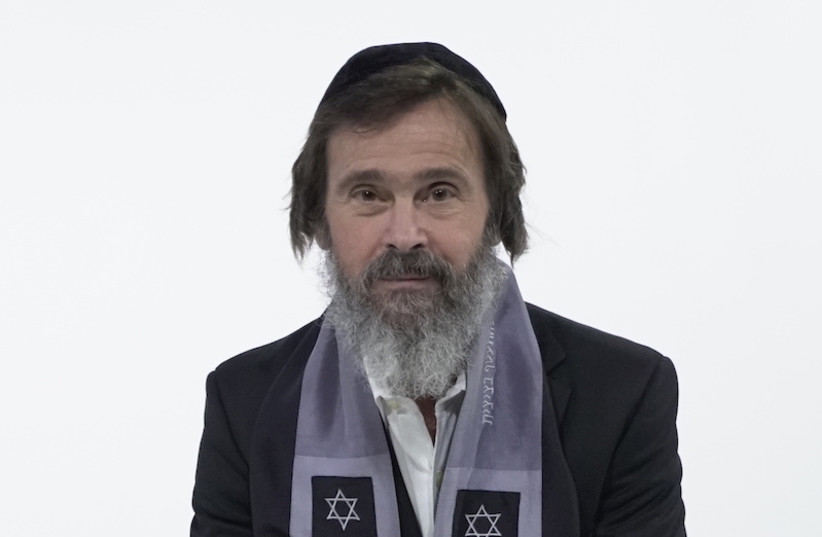 Rabbi Kirt Schneider with his new payos. (photo credit: COURTESY OF DISCOVERING THE JEWISH JESUS)