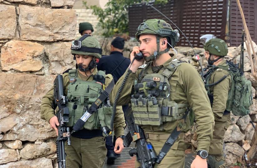 Fixing the IDF