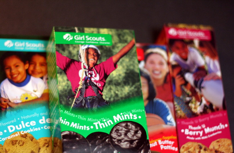 Police warn of dangerous substance: Girl scout cookies - The Jerusalem Post
