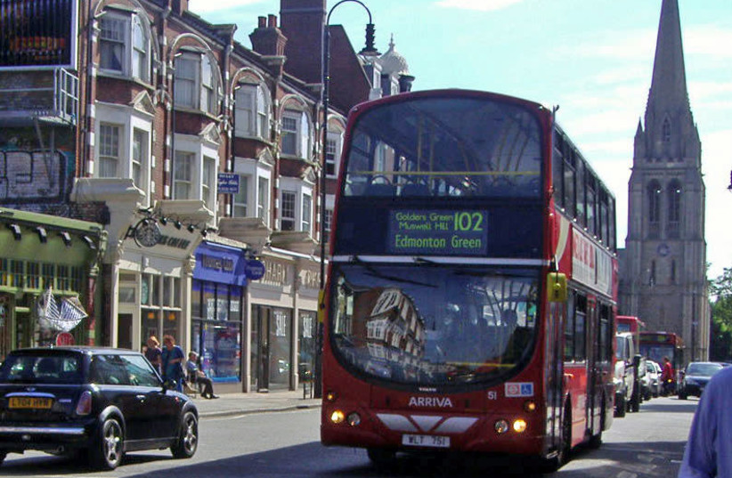 The 102 bus at Muswell Hill (photo credit: Wikimedia Commons)