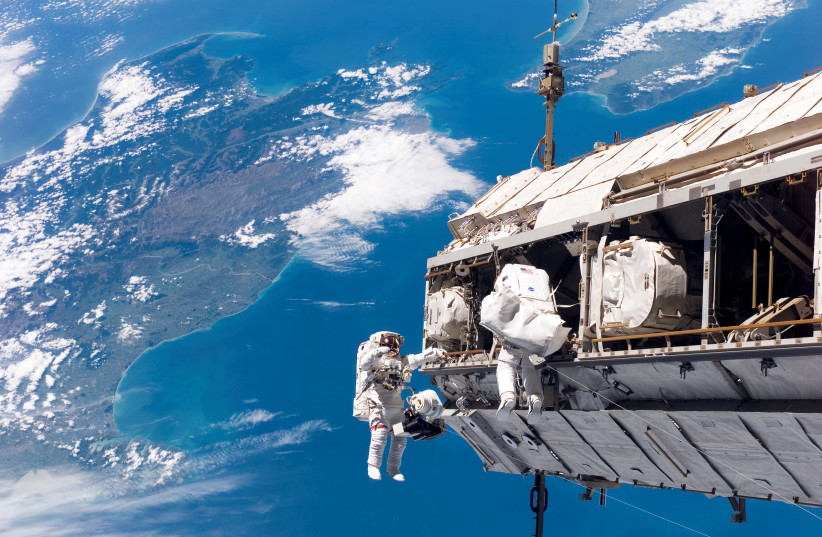 Assembly of the International Space Station (photo credit: WIKIMEDIA)