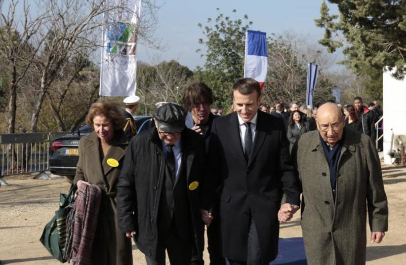 French President Emmanuel Macron visits the Memorial to the Deportation of Jews from France, January 23, 2020.  (photo credit: HAIM VERSANO/KKL-JNF)