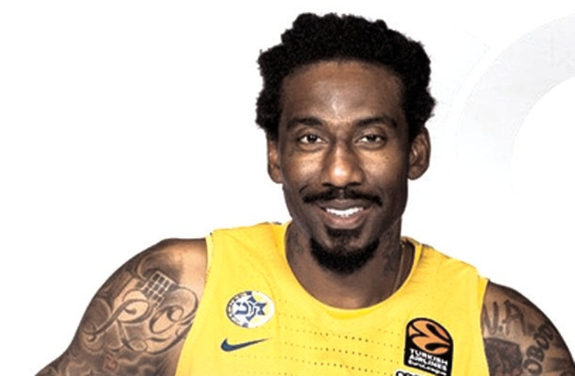 IT WILL be a strange sight for Jerusalem hoops fans to see former player Amar'e Stoudemire donning the yellow-and-blue jersey of arch-rival Maccabi Tel Aviv. (photo credit: MACCABI TEL AVIV/COURTESY)