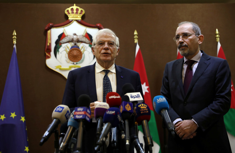 Jordanian Foreign Minister Ayman al Safadi and High Representative of the EU for Foreign Affairs and Security Policy and Vice-President of European Commission Josep Borrell speak to the media after their meeting in Amman, Jordan, February 2, 2020 (photo credit: REUTERS/MUHAMMAD HAMED)