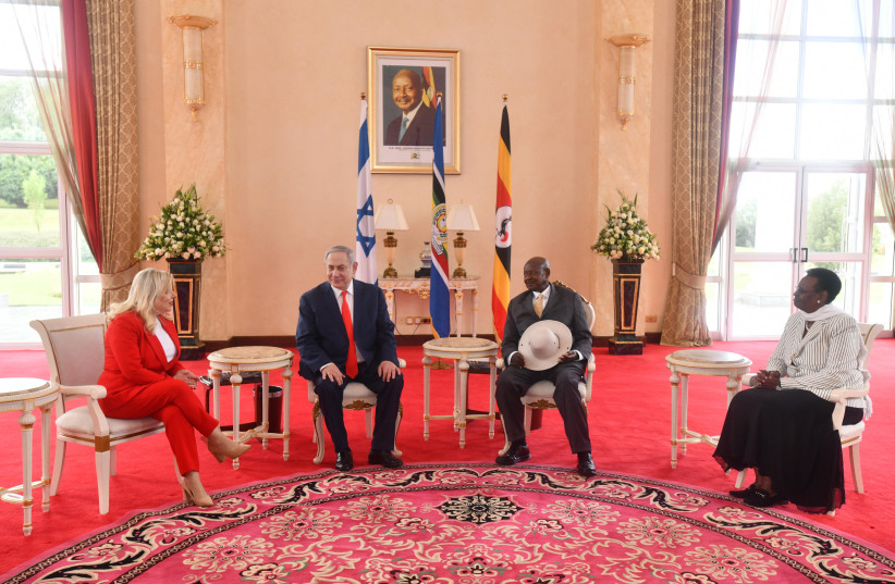Prime Minister Benjamin Netanyahu and wife, Sarah, meet with Uganda's President Yoweri Kaguta Museveni., February 3, 2020 (photo credit: HAIM ZACH/GPO)