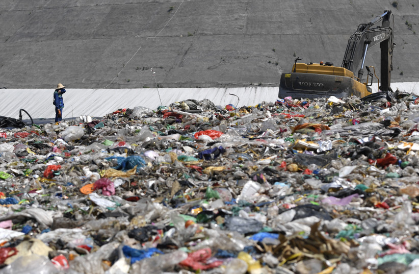 Israeli researchers find method to convert carbon-containing waste to gas