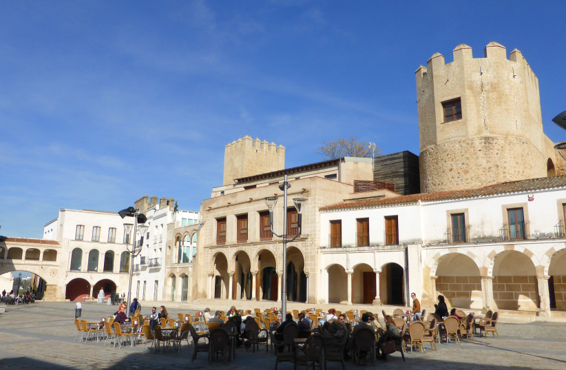 The Plaza Alta in Badajoz, Spain, 24 January 2016 (photo credit: Wikimedia Commons)