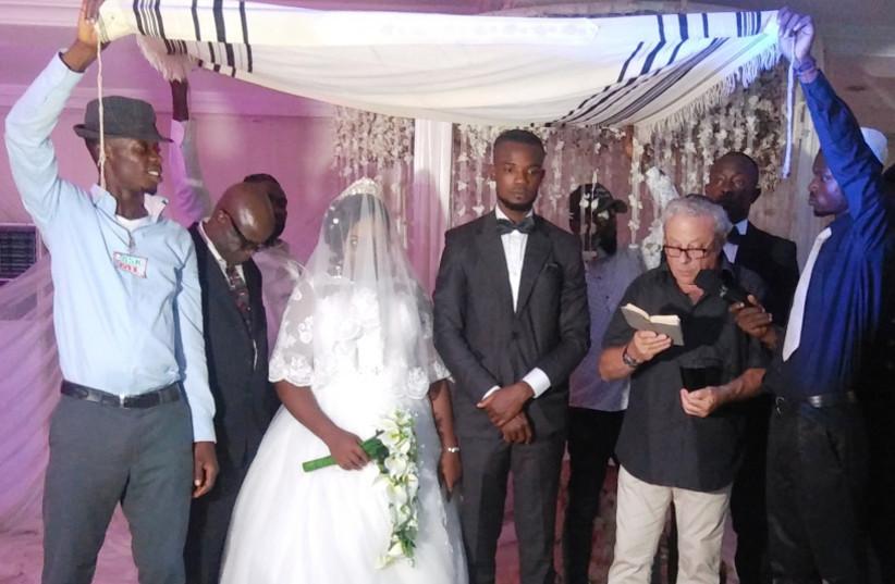 The wedding of Gershon ben Avraham to Gila bat Sarah in Ogidi, Nigeria (photo credit: Courtesy)