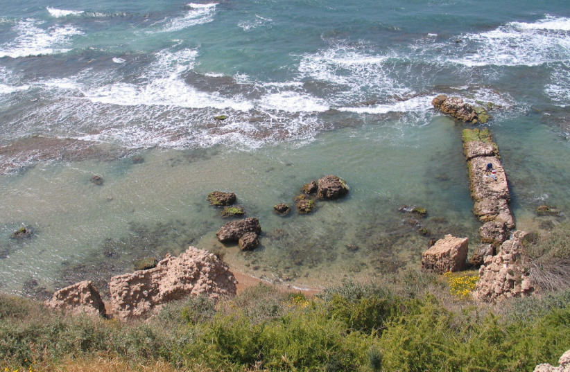BEAUTY AND archaeology: Apollonia National Park in Herzliya.  (photo credit: Wikimedia Commons)