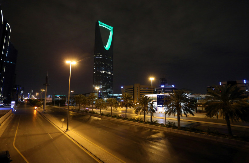 A general view shows an empty street after a curfew was imposed to prevent the spread of the coronavirus disease (COVID-19), in Riyadh, Saudi Arabia March 24, 2020. Picture taken March 24, 2020 (photo credit: AHMED YOSRI/ REUTERS)
