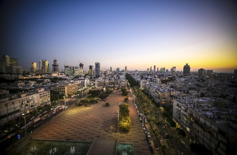 A nighttime view of Tel Aviv from the municipality building (photo credit: TEL AVIV-JAFFA MUNICIPALITY)