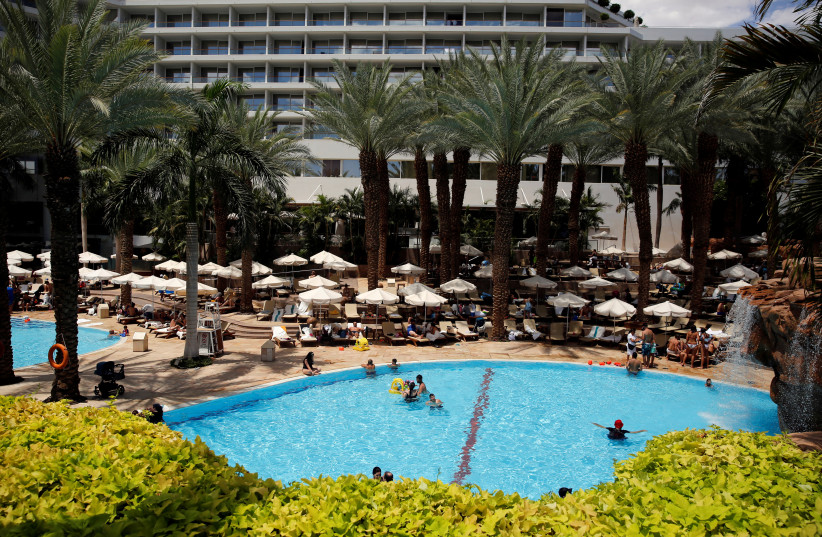 A general view of the pool at the Royal Beach Hotel in Eilat, Israel, June 12, 2018 (photo credit: REUTERS/AMIR COHEN)