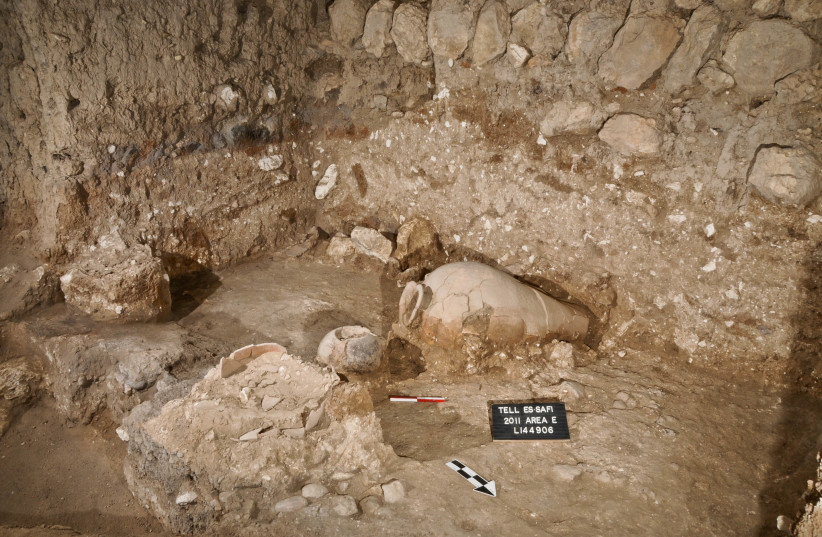 View of Early Bronze Age pottery in Tell es-Safi/Gath (photo credit: PROF. AREN M. MAEIR/THE TELL ES-SAFI/GATH ARCHAEOLOGICAL PROJECT/BAR-ILAN UNIVERSITY)