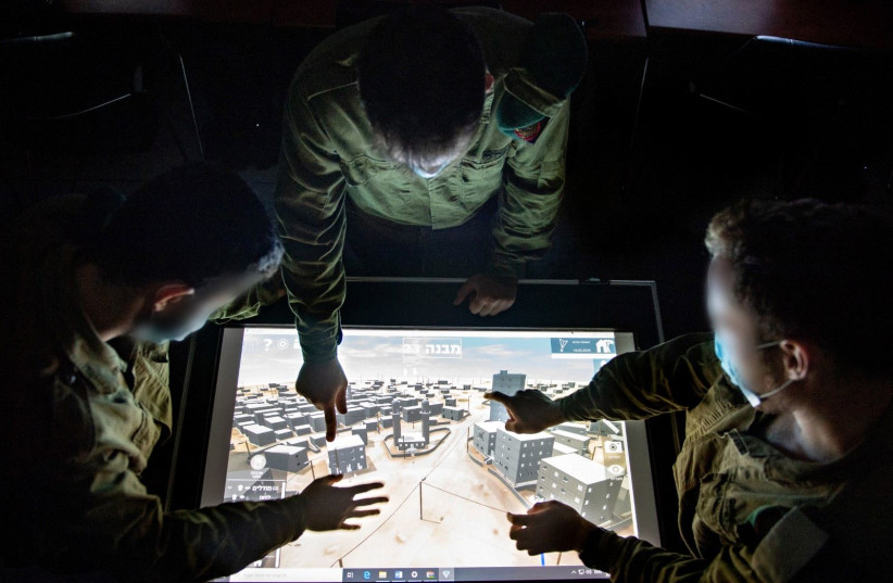 Des soldats et un officier de l'unité 9900 de Tsahal (crédit photo: UNITÉ DE PORTE-PAROLE DE Tsahal)