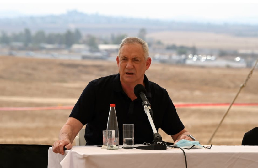 Defense Minister Benny Gantz visits the Negev Desert ahead the IDF intelligence directorate's proposed move to the Negev, July 6, 2020 (photo credit: DEFENSE MINISTRY)