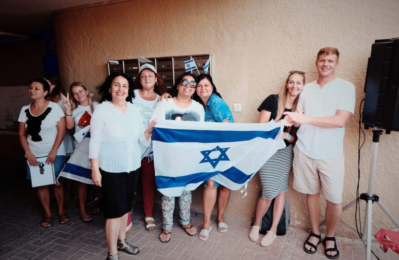 Nurses who made aliyah and will help fight the coronavirus (credit: CHANA GOLDSTEIN)